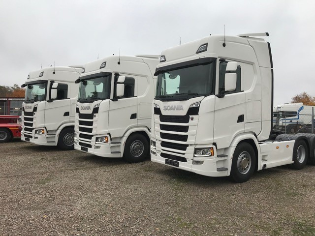 Leverans av 3st Scania S500A6x2NB