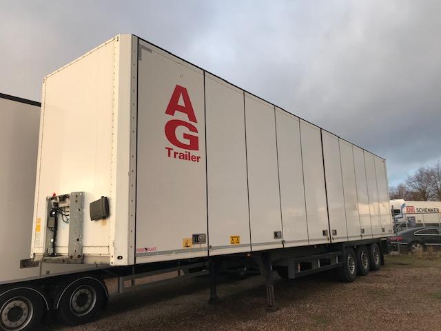 Schmitz 3 axlad trailer med öppningsbar sida