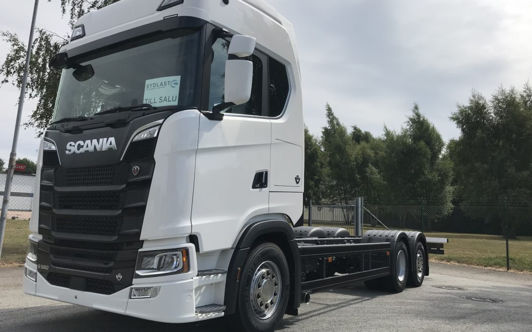 Scania S580B6x2*4NB Chassin