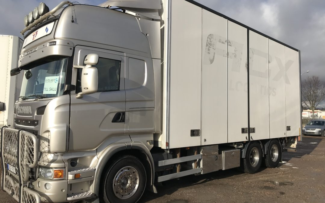 Scania R620LB6x2MLB PLS Transportskåp