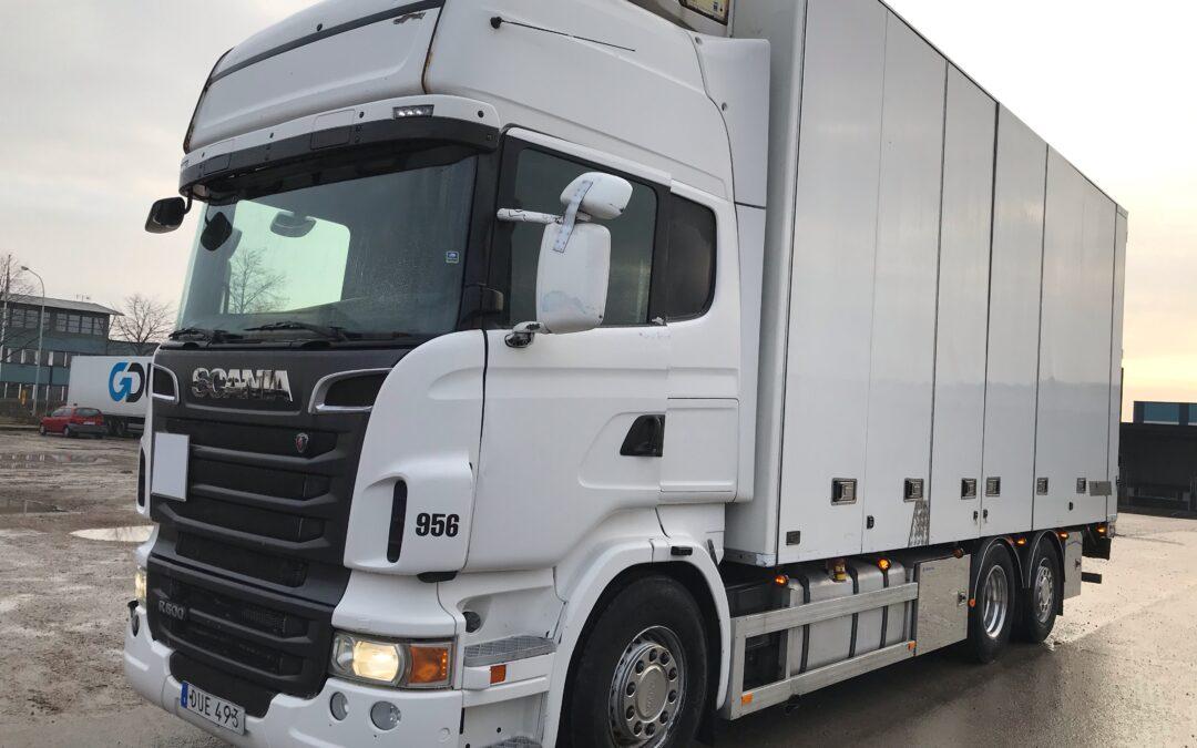 Scania R500LB6x2*4MNB med Bussbygskåp